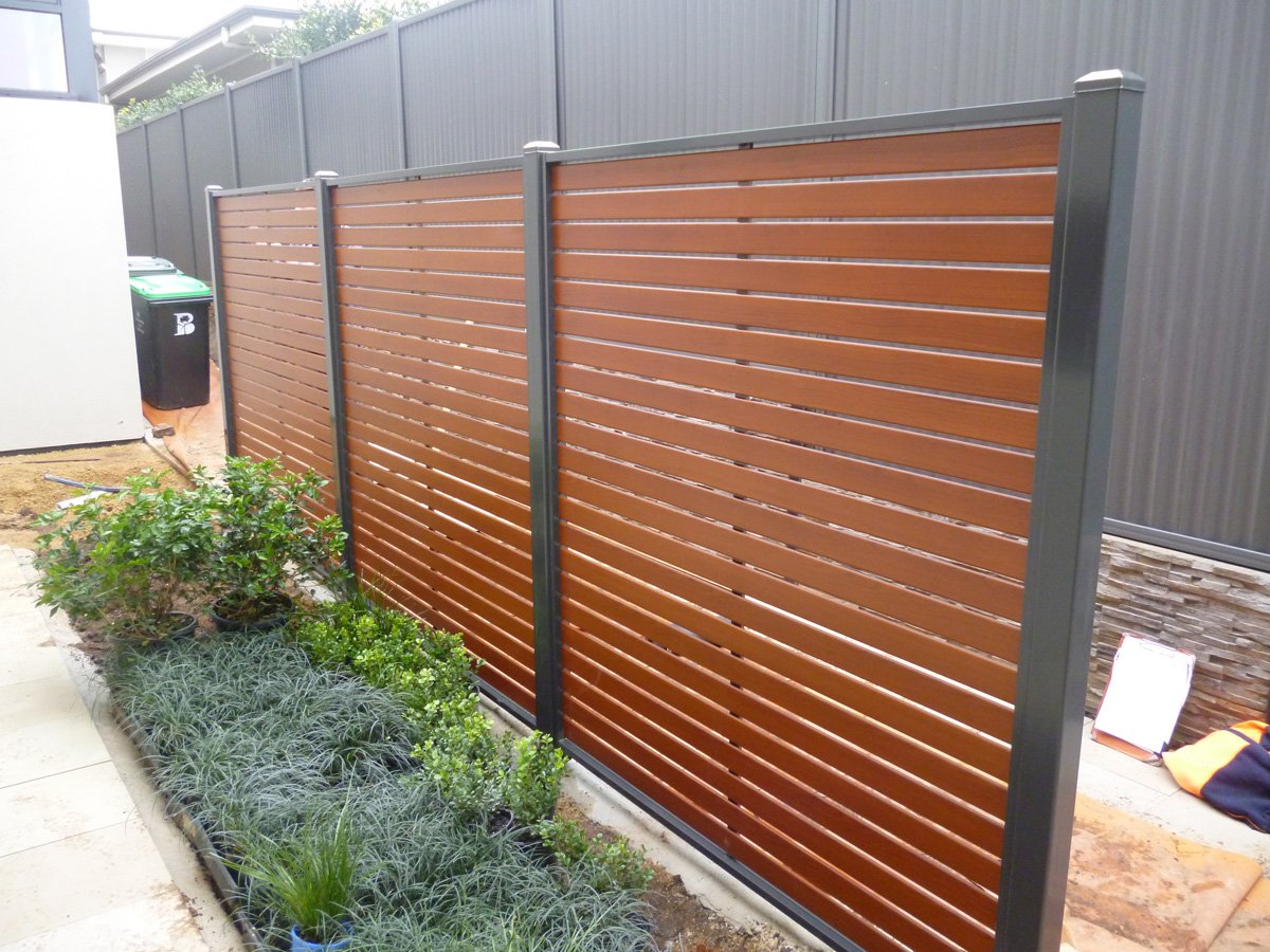 Horizontal Wood Fence Black
