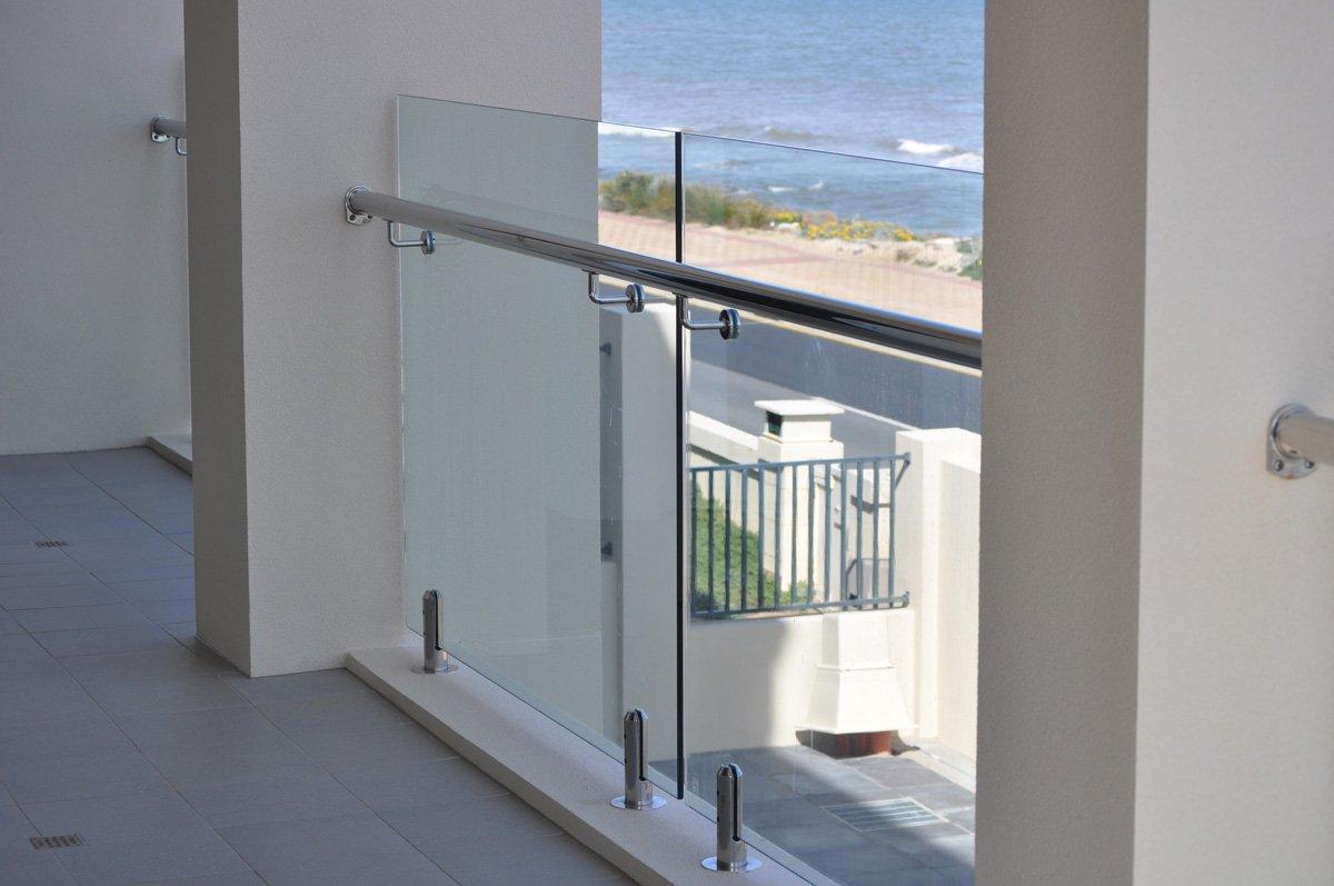 Frameless glass balustrade systems